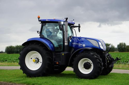 New Holland T7.270 AutoCommand Blue Power Anniversary Edition