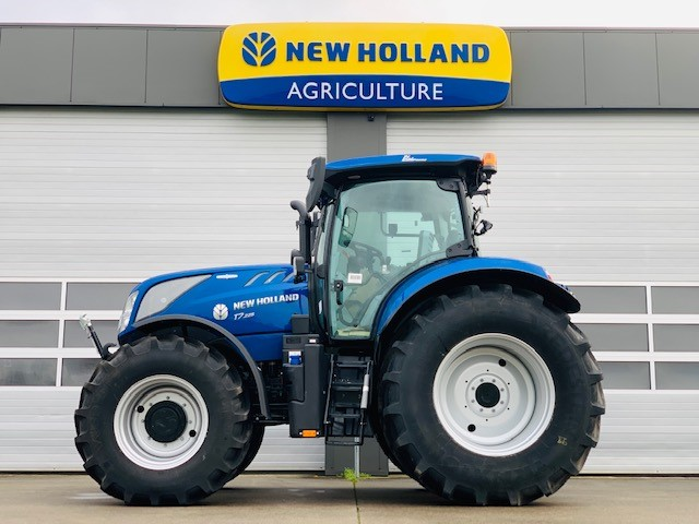 New Holland T7.225 AutoCommand demo
